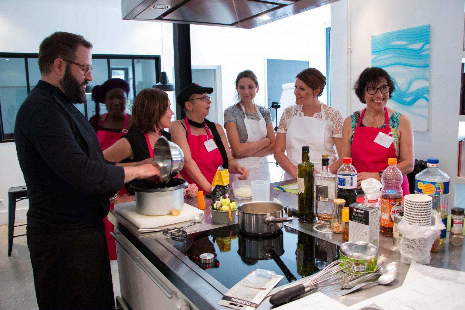 Atelier culinaire chez Cuisine Innovation
